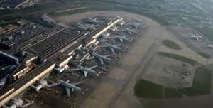David Cameron urged to reopen consultation on air quality at Heathrow
